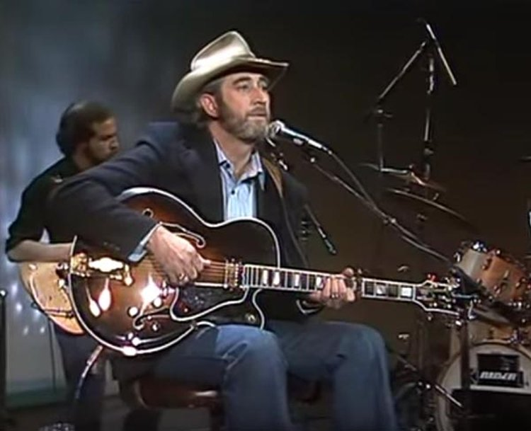 Music Friday: Don Williams Is in Love With the Girl Who Wears a Diamond Ring